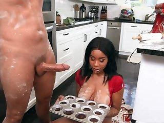 Naked ebony slut with chunky tits, crazy kitchen fuck