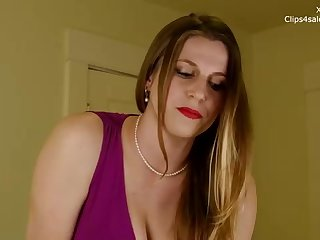 Hotwife wifey in a purple sundress is fellating her paramour's fuckpole, in a motel apartment