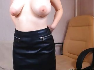 Sexy girlfriend masturbating with lovense toy on cam