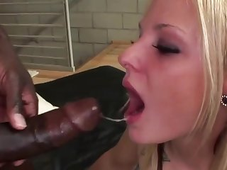 Cock hungry MILFs taking big black dicks in mouth and do wonderful blowjobs