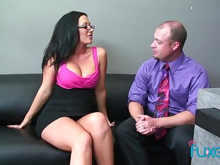 Dude welcomes the new girl in the office and fucks her pussy good
