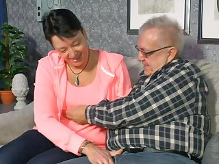 Amateur sex at home between an old dude and his horny mature wife
