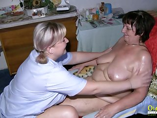 Horny mature lesbian got fucked by her girlfriend with sex toys