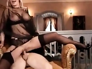 Polish whore Vivian loves to fuck in Germany.
