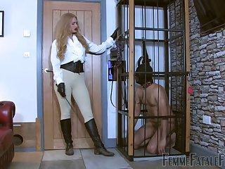 Kinky dominant hoe Goddess Dommelia makes dude suck her soles
