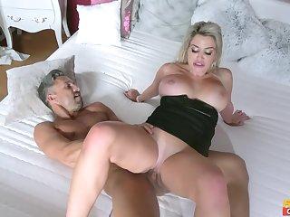 Lutro Steel fucked blonde MILF Sienna Day in the bedroom